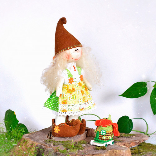 Elf doll Javanna