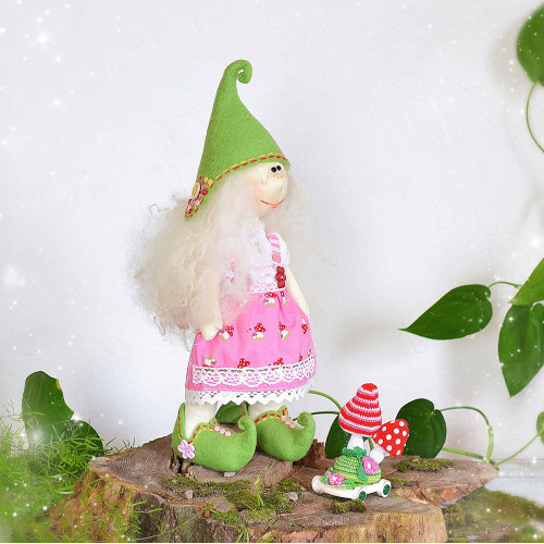 Elf doll Vilya