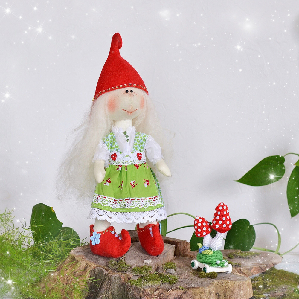 Elf doll Lalight